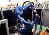 日本安川机器人全自动管件焊接